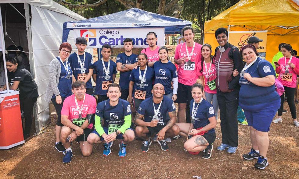 #EquipeCarbonell leva mais de 200 participantes, bate recorde e alegra edição de 2018 da Rotary Run