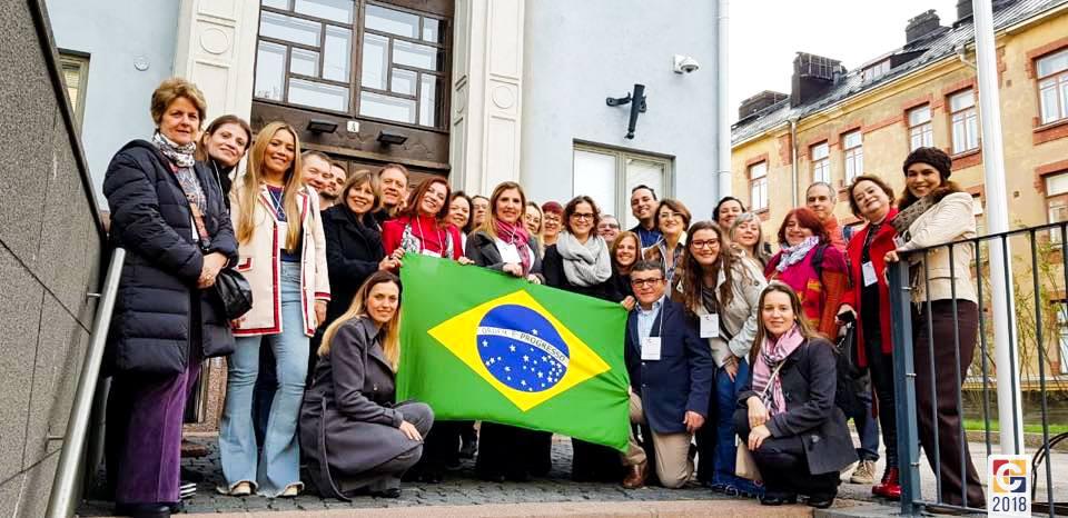 Mantenedora do Colégio Carbonell viaja à Finlândia para dez dias de imersão cultural e profissional