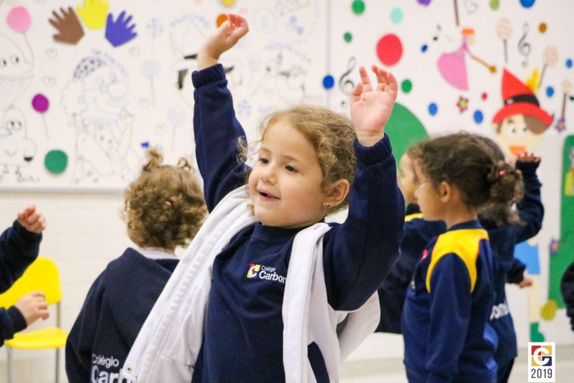 English Class! Inglês ampliado é destaque dentre as turminhas da Educação Infantil no Carbonell; veja fotos
