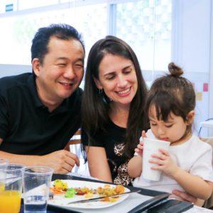 Almoço com o Integral: crianças da Educação Infantil também recebem familiares no Colégio Carbonell; curta fotos