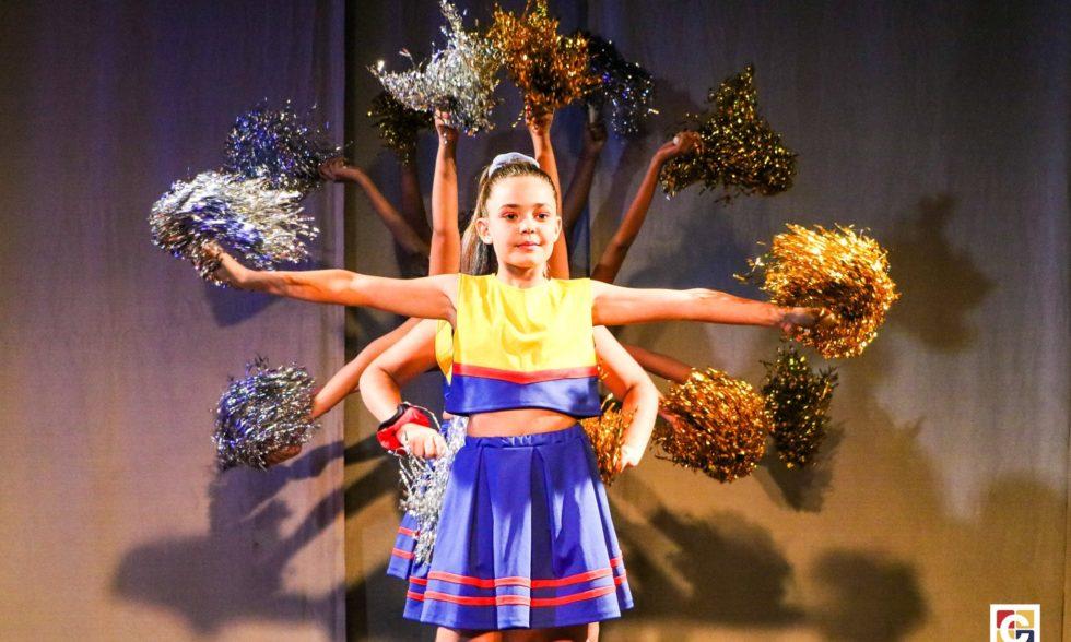 Rito de Passagem do 5º ano e Dia de Ação de Graças são comemorados em noite muito especial no Colégio Carbonell