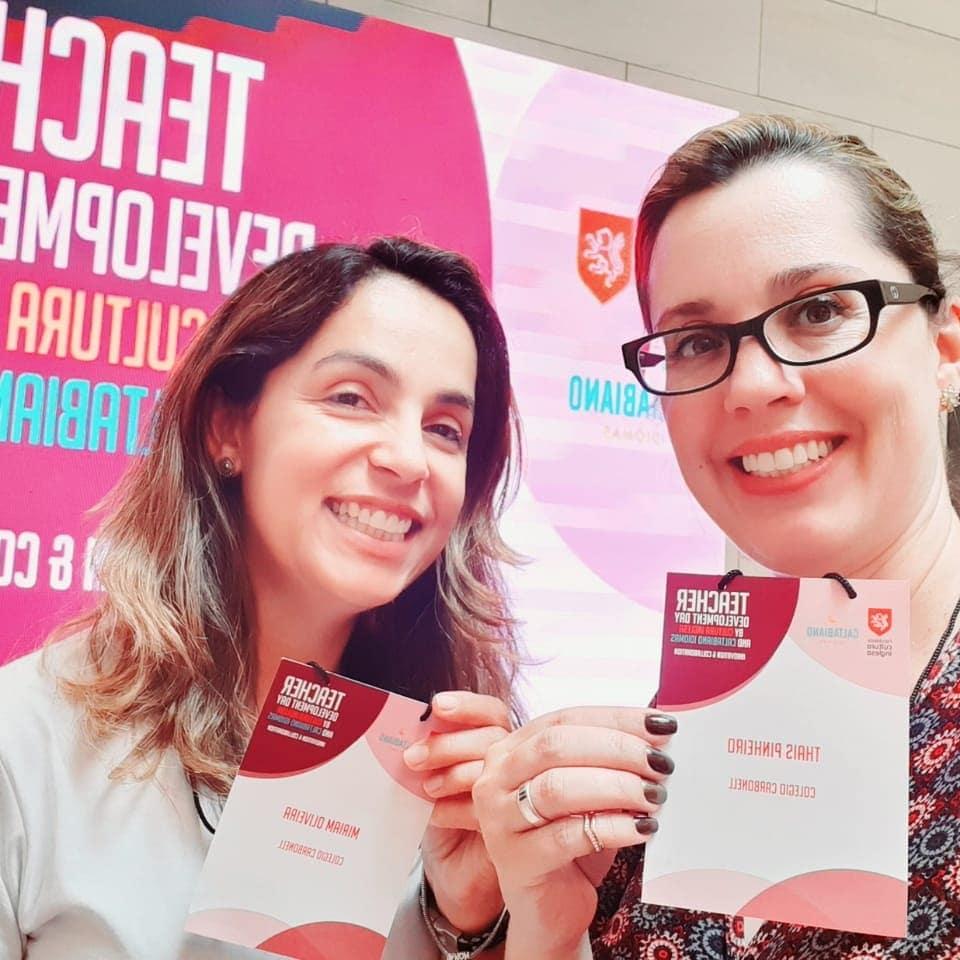 Professoras do Carbonell English Program participam de capacitação sobre inovação e colaboração em SP