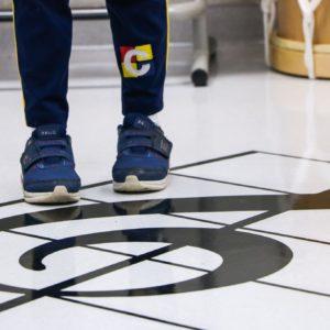 Inovação: Sala de Música do Colégio Carbonell ganha elementos interativos e alegra crianças em estreia