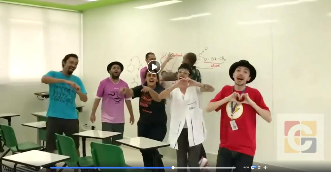 Em vídeo, Professores do Ensino Médio cantam paródia para alertar os estudantes sobre a quarentena