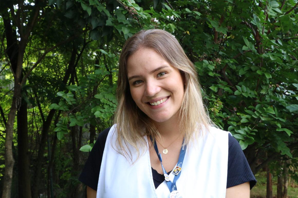 Pela prevenção, Professora Lais Moura ensina atividade que estimula as crianças a lavarem as mãos