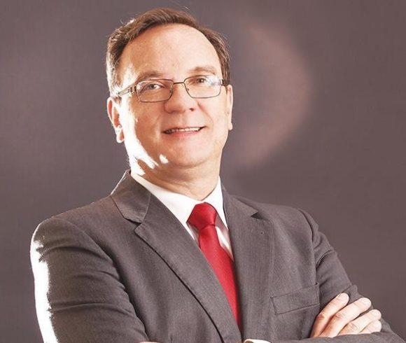 Capacitação: o retrato da pandemia no Brasil e no mundo em conversas virtuais com o Doutor Sergio Zanetta